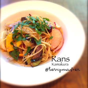 鎌倉野菜をふんだんに使ったパスタも味わうことができます。こちらも人気店なので、訪れる際は予約しておいた方が良いお店です。