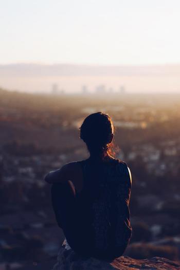 ところで、年の初めに心に刻んだ目標を覚えていますか。初日の出に向かって決意したという方も多いことでしょう。もし予定通りに進んでいる方は、折り返し地点で一度、思い切り自分のことを褒めてあげましょう!