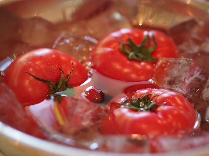 旬の『夏野菜』には栄養と美味しさがギュッと凝縮されています。色鮮やかな野菜が多いので、食卓を華やかに彩ってくれるのも嬉しいですね。