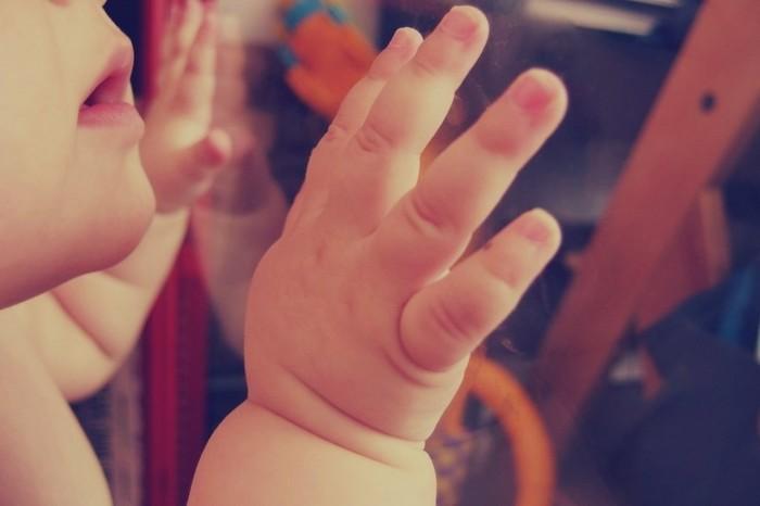 出来ないことは無理にしようとせず、赤ちゃんと同じタイミングで生活をして、今出来ることだけをする。「自分の時間が持てない」と思うより、「赤ちゃんと一緒の時間が自分の時間」と思えるようになると、自然とストレスは減っていくのかもしれません。