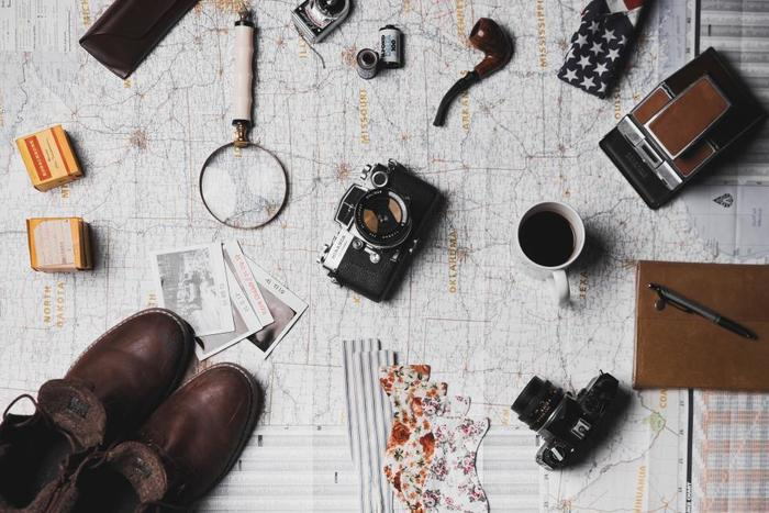 シンプルに余計なものを持たないで暮らしたい。そんな風に思っているのに、旅行に行くとなると、なぜだか鞄がパンパンに……。そんな経験はありませんか?  荷物をコンパクトにまとめながらも、お洒落に快適に旅できたらうれしいですよね。