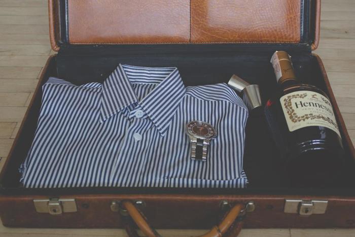せっかくの旅行なら、お気に入りのコーデで気分を上げたいですよね。かさばってしまいがちなお洋服。どんなアイテムをどんな風に持っていくかで、かなり荷物の量が変わります。