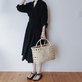 """今回はファッションからコスメ・雑貨・お菓子にいたるまで、人気インスタグラマーshi.さん・naokoさん・kikoさん愛用のとっておきの品々をご紹介してきました。 どれも見ているだけでワクワクするような、魅力的なアイテムばかりでしたね。 素敵なライフスタイルはもちろんのこと、""""モノ選び""""のセンスもさっそくお手本にしたくなりました。"""