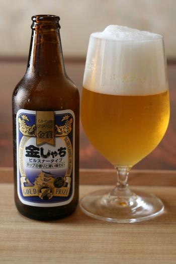 名古屋生まれのこだわりの地ビール「金しゃちビール」。お酒好きの方にぴったりのお土産。たくさんの種類があり、名古屋の赤味噌を使った八丁みそラガー、ラズベリーやレモンの風味&香りが味わえるフルーツビールなどもありますよ。