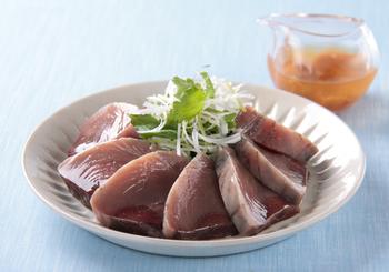 かつおや白身魚や貝類、特に昆布締めの刺し身醤油がわりに。江戸時代は定番だったそうで、相性抜群です♪もちろん、漬けもおいしくいただけます。