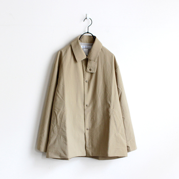 EELの人気アイテム「サクラコート」をベースに、コーチジャケットをイメージして作られたジャケット。ロングシーズン着まわせる優秀アウターです。