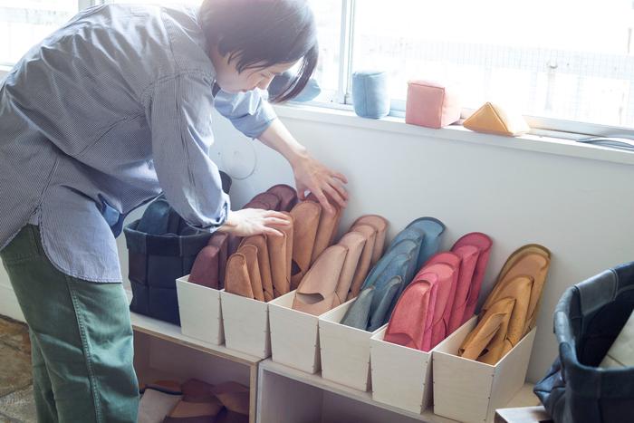 スリッパとしては珍しいほどサイズが豊富。実際に履く人に対する真摯な姿勢が伺えます