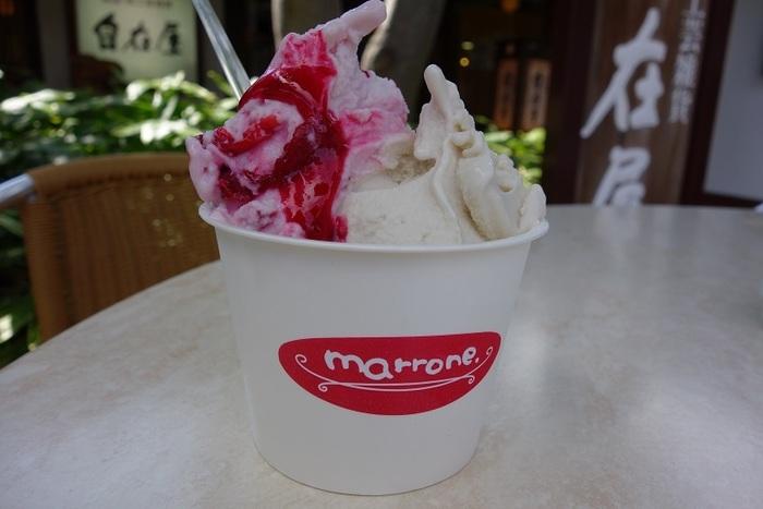 竹風堂本店横の「マローネ」は、甘み爽やかなジェラート屋さん。国産栗の栗あんを使用した「栗」はもちろん、小布施産のフルーツやミルクを使ったジェラートもおすすめです。