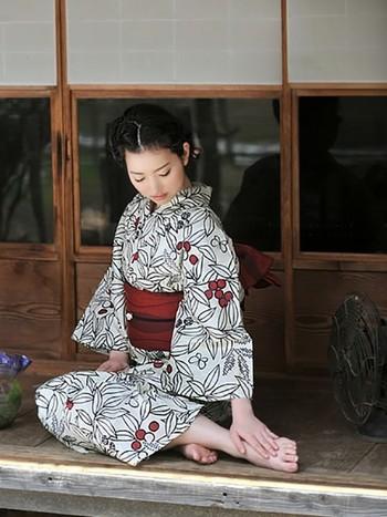 日本の夏はやっぱり浴衣。これからの季節、お祭りや花火大会が楽しみですね。たくさんの柄があって迷ってしまいそうですが、ご紹介したコーディネートもぜひ参考にしてくださいね。