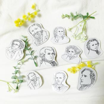 そのほかは、モーツァルト、ベートーベン、チャイコフスキーなど怱々たる顔ぶれ... ブローチとして身に付けているだけで、音楽好きさんとの会話にも花が咲きそうですね。