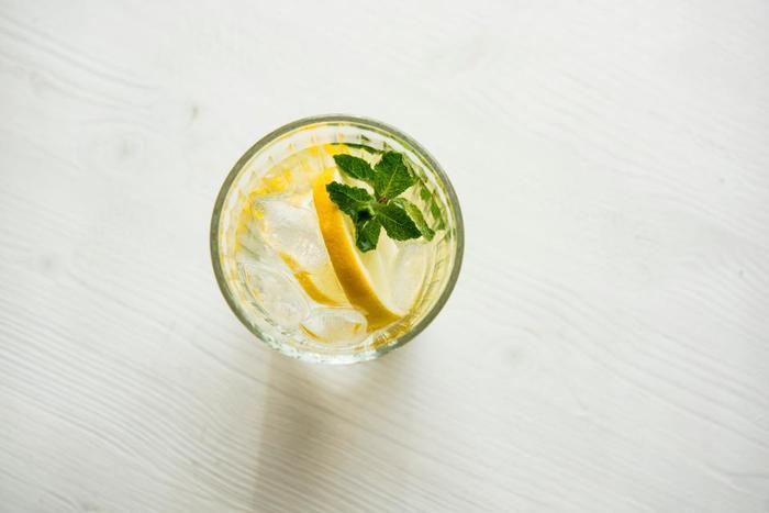 ジンジャエールは、19世紀半ばには、すでにイギリスを中心に広く飲まれていました。自家製のジンジャーエールは市販のジンジャーエールとは一味違ったおいしさがあります。