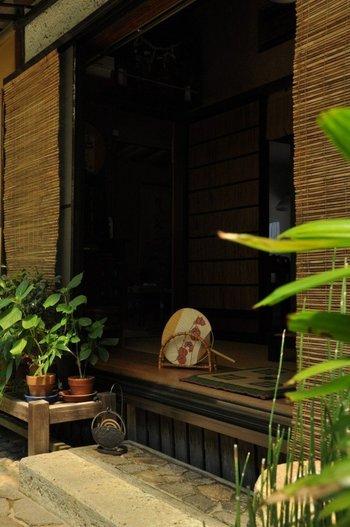 縁側に蚊取り線香。この夏、ちょっぴりノスタルジーに浸ってみませんか。
