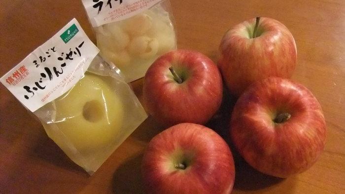 果物が豊富に生産されている長野では、都内では珍しい品種の桃やブドウ、リンゴもお手頃価格で並びます。ぜひ生鮮食品エリアもチェックしてみてください。
