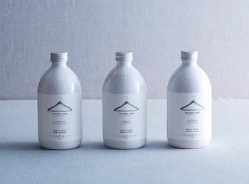 ◆化学成分を使わず、人にも自然にもやさしい成分を使用した衣類用液体洗剤「トゥージュール」。  フランスで最も有名なフレグランスブランドの一つであるロタンティック社は、植物性原料にこだわり安全で高品質な製品を生産しています。そのロタンティック社のつくる衣類用液体洗剤です。