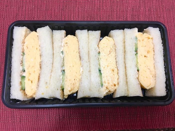これもお勧め。ふんわりと焼き上げられたオムレツが挟まった「オムレツサンド」。関西風の玉子サンドが好きな方なら、ぜひ一度はためしてたいサンドイッチです。