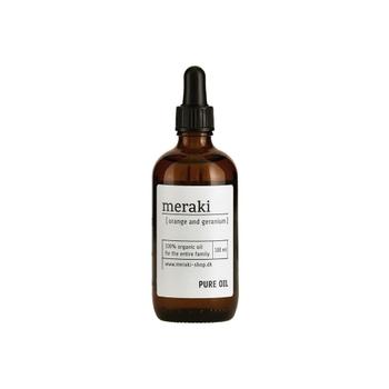 ■meraki ピュアオイル  メイクがするんと落ちる洗浄力の高いクレンジングで、お肌が乾燥しやすくなることも。メイクを優しく落とすなら、ピュアオイルをポイント部分に使うのがおすすめです。