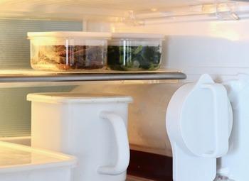 このように、冷蔵庫の中もスッキリ!中身が見えるので何が入っているか一目でわかるところもいいのです。