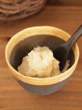 同じく塩レモンですが、こちらは天然の塩と米麹で、さらにまろやかで甘みのある塩レモンに。お肉やお魚の調理の際、漬け床として使用すると◎。