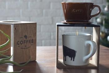 コーヒーを飲むときに使うドリッパースタンド。欲しいなぁと思っていてもなかかな手が出なかったりしますよね。そんなコーヒードリッパーだって、DIYで作ることができちゃうんです!これはプレゼントにも喜ばれそうです!