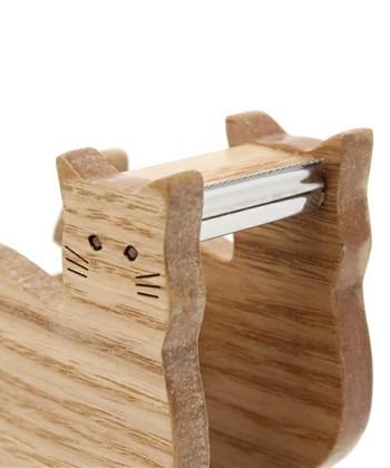 トリとネコの2タイプがあって、マスキングテープもセットできるコンパクトなタイプです。