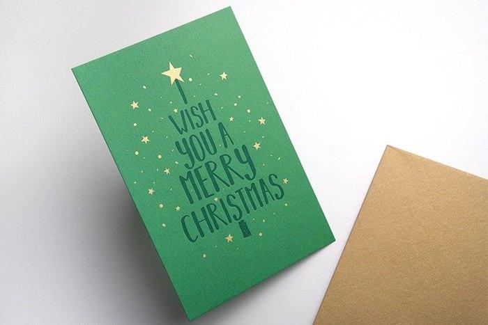 こちらはクリスマスカード。カードをグリーンに、星を散りばめてクリスマスの雰囲気を上手く表現しています。