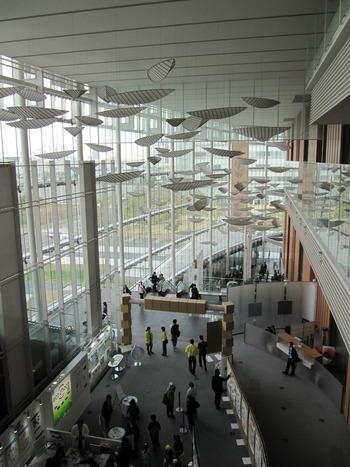 東京・お台場にある「日本科学未来館」には、日本でも数少ない3Dプラネタリウムがあります。3Dメガネをかけると手の届きそうなほど近くに幾千もの星が♪
