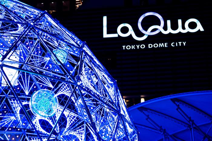 リラクゼーションやレストランも充実している、東京ドームシティ内にある【スパ・ラクーア】。男女一緒に利用することができるサウナなどもあるので、カップルでも別々にならず楽しめます。