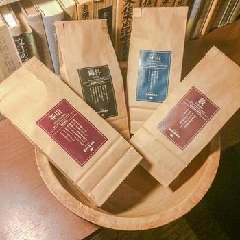 作家が愛したり、作品に登場したコーヒーを再現しました。 ・芥川(芥川龍之介)…ブラジル ・敦(中島敦)…モカジャバ ・鷗外(森鴎外)…マンデリン ・寺山(寺山寅彦)…エチオピア 店内でホットコーヒーでも楽しめますし、コーヒー豆を購入して家でも飲むのも◎