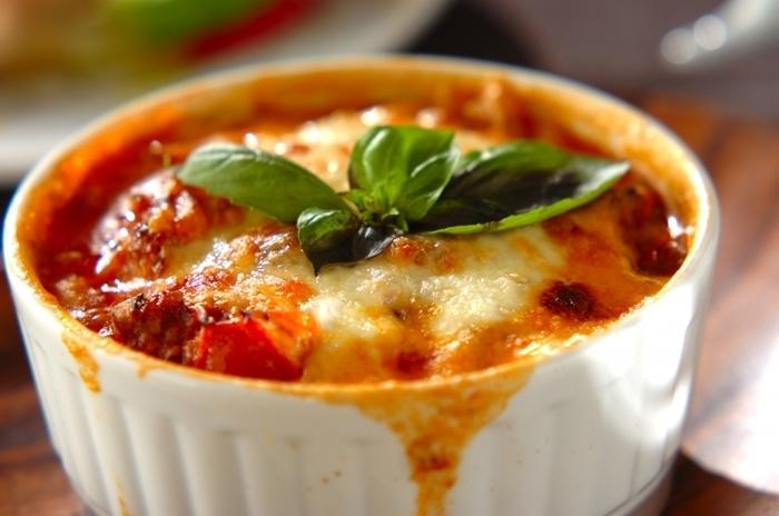 手が込んでいるように見えて、実は15分で完成してしまうお手軽レシピ。タマネギやシメジも加えていますので、栄養も豊富♪一人前でトマト1~1.5個分を摂取できますので、生トマトはそんなに食べられない…という方にもおすすめ◎