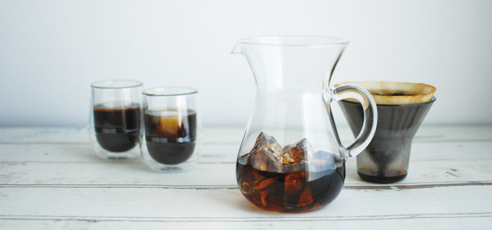 SLOW COFFEE (スローコーヒースタイル)のコーヒーカラフェセットはコーヒー派の人におすすめ。付属のブリューワーをセットすればそのままコーヒーを淹れることができます。