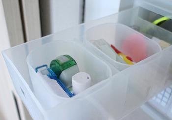 文房具や雑貨を入れている引き出しにも、小さなケースを活用するとスッキリ♪埋もれてしまいがちな小さな物も、これなら見つけやすいです*