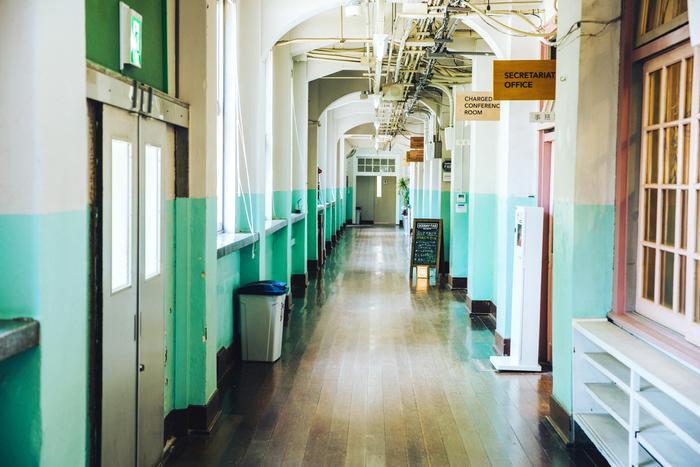ilo itooのオフィスがあるのは、福岡県の中心地にある「FUKUOKA growth next」内。2014年3月に閉校となった旧大名小学校を再利用した官民共働型スタートアップ支援施設です