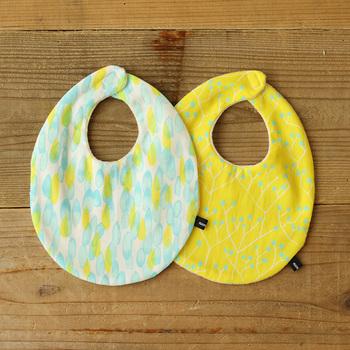 赤ちゃんへのプレセントとして定番のスタイ。 毎日使うもので洗濯回数も多いので何枚あっても嬉しいものです。