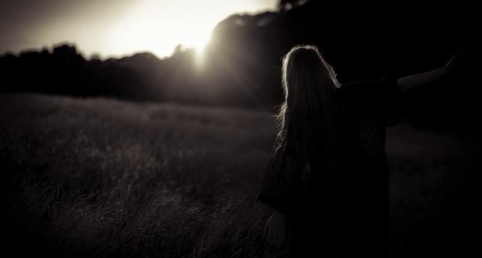 不安を消すには自信を持つことがなにより有効です。やるべきことはやった、進む道はこれでいい、などまずは自分で自分を認めましょう。