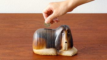 スウェーデンを代表する陶芸家Lisa Larson(リサ・ラーソン)がてがけた貯金箱。彼女が手がけた動物シリーズは、素朴で温かみのある表情から、世界中の人に愛されています。