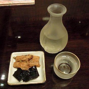 冷酒10種類、燗酒5種類と日本酒の品ぞろえが豊富なのも魅力。蕎麦焼酎もありますよ。お酒好きも蕎麦好きも満足させてくれるお店です。