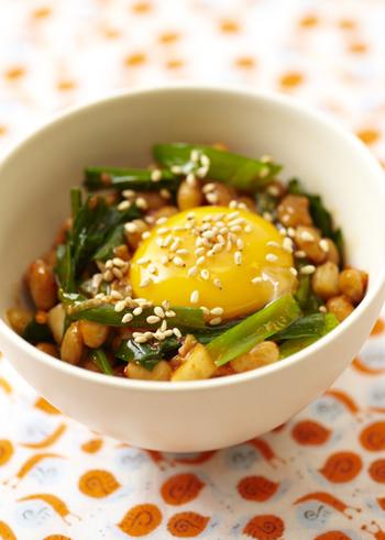 ピリッとした辛さがたまらない一品。 卵を入れることで、辛さが中和され、ピリリッとしつつマイルドな仕上がりになります。 ご飯もどんどんすすみそうですね。