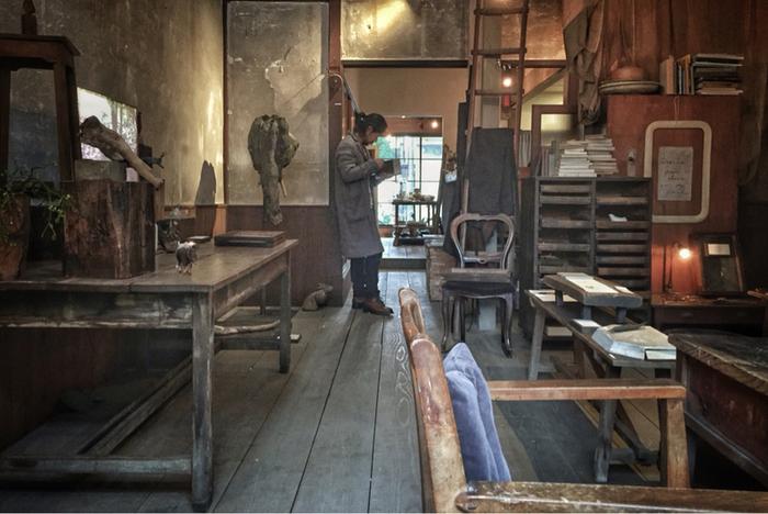 80歳を超える織り機の工場だった古い町家をリノベーションし、ギャラリーを兼ねるおしゃれな空間。企画展やワークショップなども開催され、訪れるたびに嬉しくてワクワクする場所です。