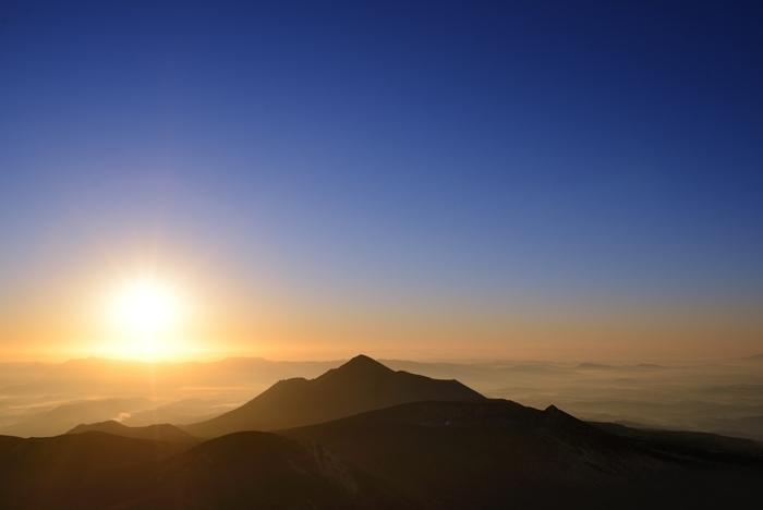 雄大な自然の中で、太古の神々の存在を身近に感じることができる高千穂。訪れてみればきっと、目には見えないたくさんのパワーに満たされてゆき、心身ともにリフレッシュすることができるでしょう。