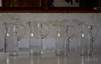 """19世紀から続く吹きガラスの製法で、ガラスの厚みに""""手づくりの温かみ""""を感じられるとっておきの一品です。"""