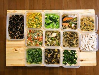 こちらも人気のレシピサイト『週末の作り置きレシピ』です。野菜・肉・魚介のおかずをはじめ、安心・安全な作り置きのコツなども紹介されています。おせち料理・梅干しなどの作り方や冷蔵庫の整理術など、さっそく参考にしたくなる情報が満載です。