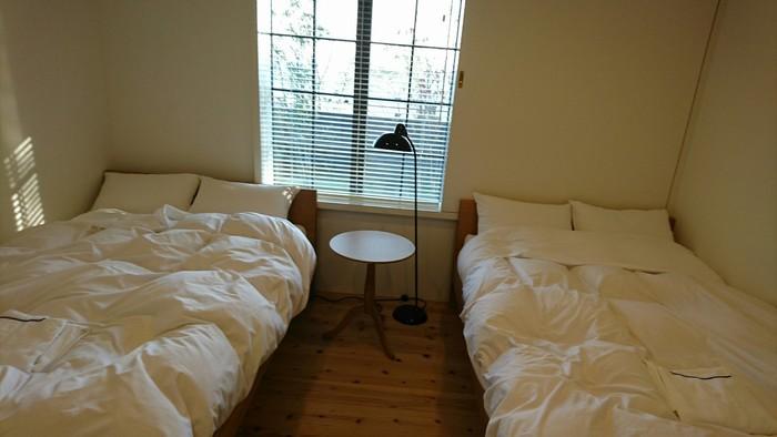 ベッドルームは3部屋。各部屋ベッドが2台ずつありますが、エキストラベッドにすることで最大9名まで宿泊可能です。