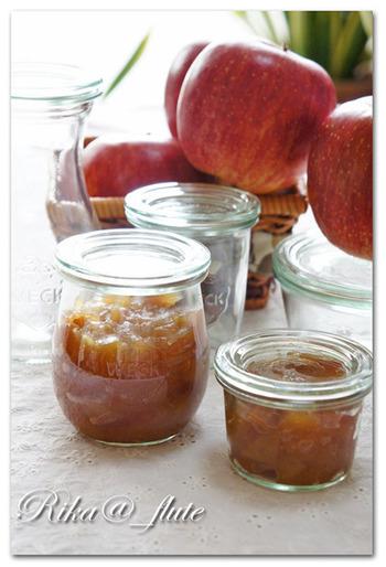 旬の果物を使ったジャムも、しっかり保存してくれるWECKなら、作りすぎちゃっても大丈夫。 煮沸密閉して長期保存しましょう。