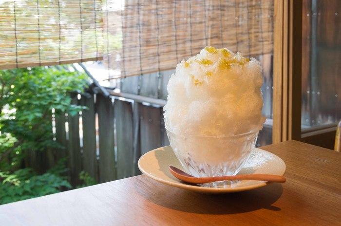 季節ごとにメニューが変わる「季節のかき氷」は、旬を感じることのできる粋な味わい。シンプルながらも素材のおいしさを十分に味わうことができます。