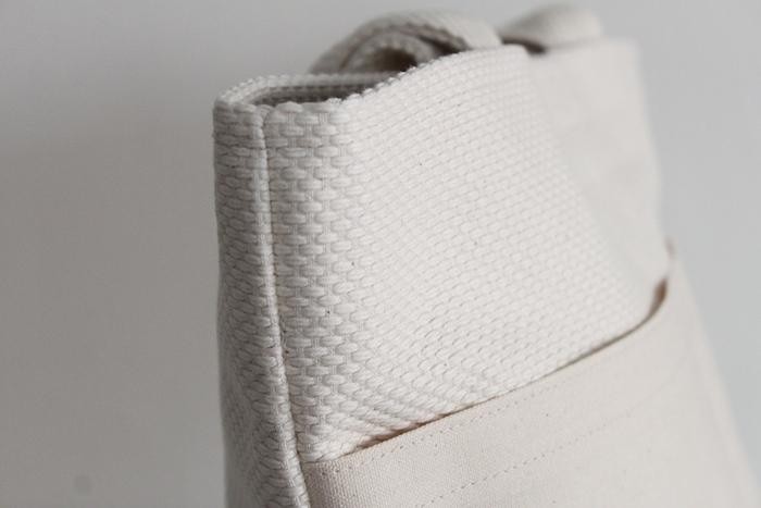 このバッグ、実は柔道着で出来ています。
