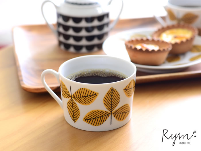 House of Rym(ハウス・オブ・リュム)は、北欧デザインを愛するアフリカのチュニジア人夫妻が設立したブランド。チュニジアのハンドクラフトと北欧デザインが生み出す独特の世界観が人気です。