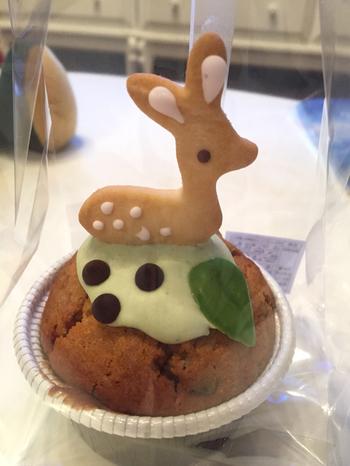 奈良の名物である鹿をモチーフにしたマフィンは、思わず手に取りたくなるかわいさ。自分用やお土産としてとても人気です。