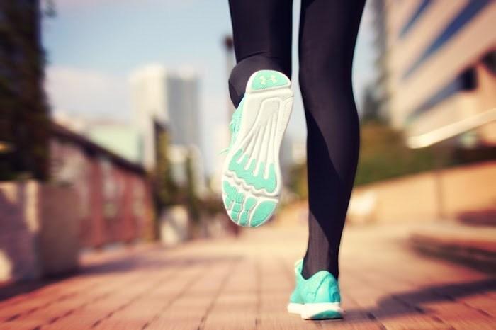 バンクーバーの多くのひとがエクササイズで一日をスタート。起きた後ジョギングに行ったり、仕事前にジムに寄ったりと人によって運動のやり方はさまざまですが、運動→コーヒーで一日のエンジンをかけるのが定番のスタイルです。