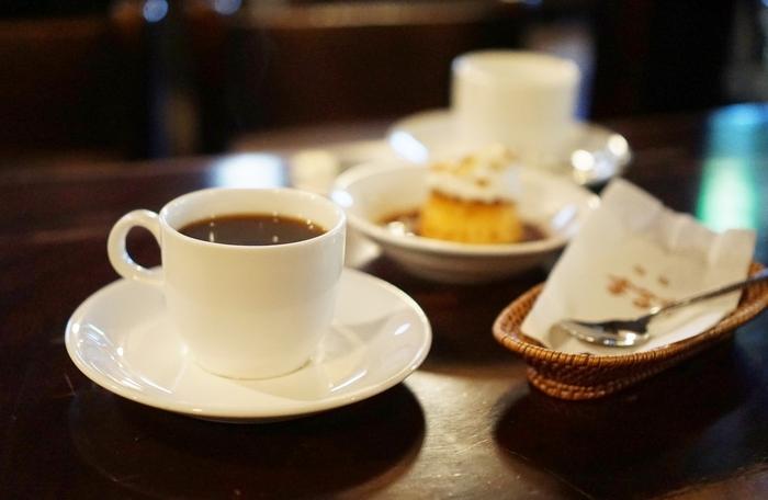 長年愛されているまるもブレンド珈琲。ケーキセットや、モーニングセット、トーストなど多くのメニューを取り揃えている珈琲まるもで、美味しい珈琲と共にゆっくりとした時間を過ごしてみてはいかがでしょうか。