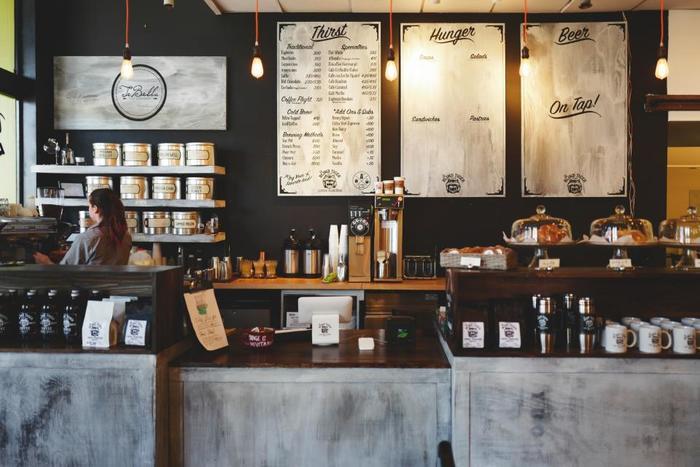 気になっていたカフェに、朝ごはんを食べに出かけてみるのも素敵な過ごし方ですよね*朝早くからオープンしているカフェを調べて、早起きのモチベーションを上げましょう♪